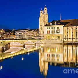Michael Abid - Night in Zurich