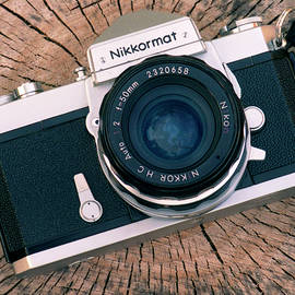 Nikkormat FTN by Lonnie Paulson