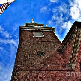 Raymond Earley - North Church 5 HDR