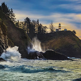 Mike Penney - Cape Disappointment Light