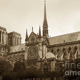 Vyacheslav Isaev - Notre Dame de Paris