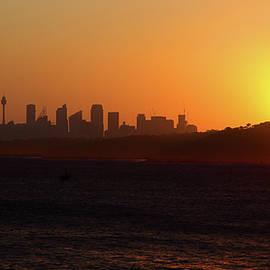 Miroslava Jurcik - November Sunset Over Sydney