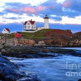 Nubble Lighthouse by Steve Brown