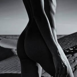 Amyn Nasser - Nude on desert sandy dunes
