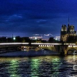 Helge - Nuit Parisienne reloaded