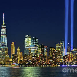 Regina Geoghan - NYC Cityscape-Tribute in Light 2017