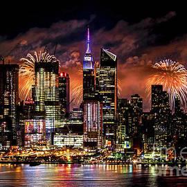 Regina Geoghan - NYC July 4th Fireworks Drama