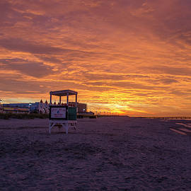 Bill Cannon - Ocean City Beach - Red Skies