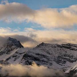 Odaray Mountain Range Dusk Panorama - Mike Reid