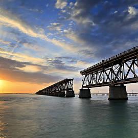 Eyzen M Kim - Old Bridge Sunset