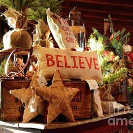 Nava Thompson - Old Christmas Store