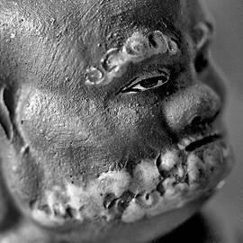 Scott Carlton - Old Face, Statue