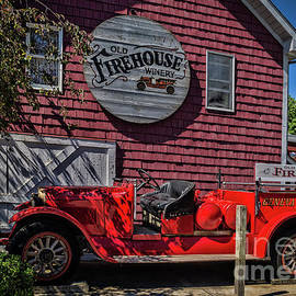 Old Firehouse Winery by Janice Pariza