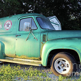 Old Ford Panel Truck by Steve Gass