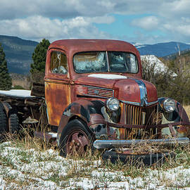 Old Ford Pick up by Stephen Whalen