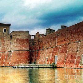 Sue Melvin - Old Fortress in Livorno