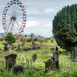 RicardMN Photography - Old Glenarm cemetery and big wheel