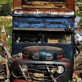 Terril Heilman - Old Hippy Bus