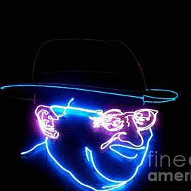Kelly Awad - Old Man In Neon 3