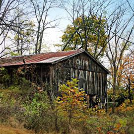 Brenda Conrad - Old Tobacco Barn
