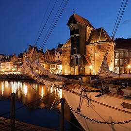 Old Town Skyline of Gdansk City by Night by Artur Bogacki