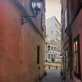 Carol Japp - Old Town Vienna Narrow Alley