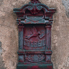 Old Vintage Mail Box - Carlos Caetano