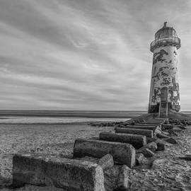 Ian Mitchell - Olde Lighthouse