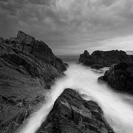 Michael Blanchette - On the Rocks - B/W