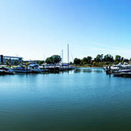 Ontario Beach Park Marina by William Norton