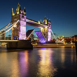 Mariusz Czajkowski - Open Tower Bridge London