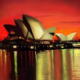Lincoln Howes - Opera House at Sunset