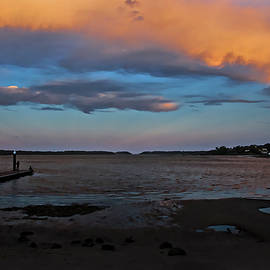 Miroslava Jurcik - Orange Clouds At Greenwell Point