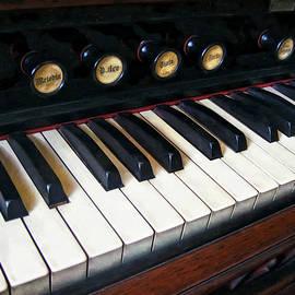 Susan Savad - Organ Keyboard Closeup