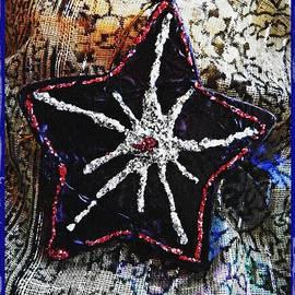 Sarah Loft - Ornaments 14 Card 2