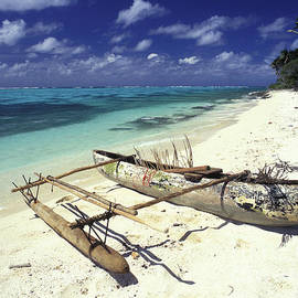 Outrigger Canoe by Sean Davey