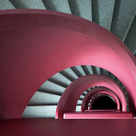 Overhanging the staircase by Patrick Jacquet