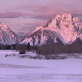 Oxbow Bend Winter Sunrise by Stephen  Vecchiotti