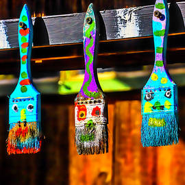 Paintbrush Faces - Garry Gay