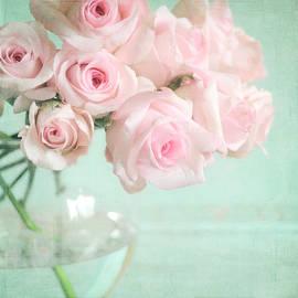 Pale Pink Roses by Lyn Randle
