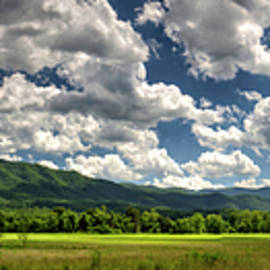 Panorama, Meadow of Cades Cove, Great Smoky Mountains National Park by Felix Lai