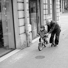 Paris Bike Lesson II by Dave Beckerman