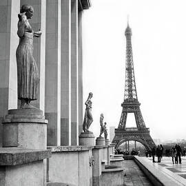 Paris Eiffel Tower Trocadero Gilded Statues Black and White Print - Paris Eiffel Tower Home Decor  - Kathy Fornal