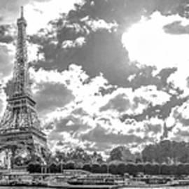 Paris - Trocadero by Henri Irizarri