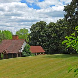 Ann Horn - Parkland Cottage