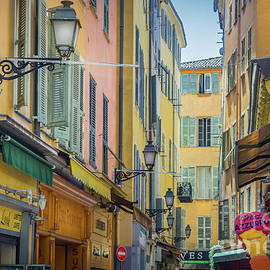 Liesl Walsh - Pastel Colors of Narrow Alley in Old Town Nice, France