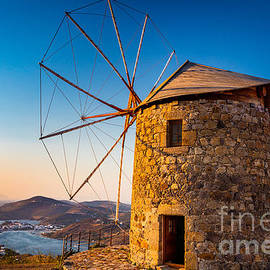 Inge Johnsson - Patmos Windmills