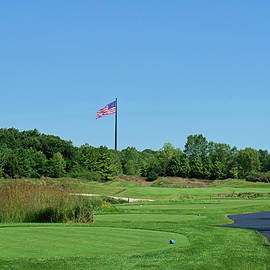 Scott Pellegrin - Patriotic Fairway