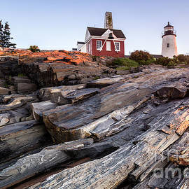 Dawna  Moore Photography - Pemaquid Point Lighthouse along Maine