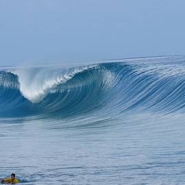 Perfect Wave Teahupoo by Danny Aab